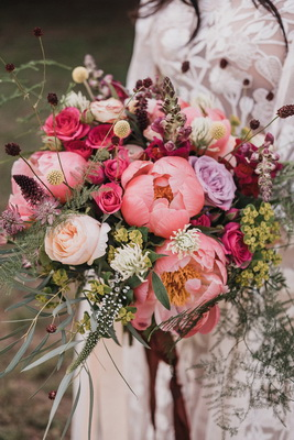 Flower trends forecast trends lush and rich is easily achieved using heavily petaled flowers and woodland accents this wedding bouquet hits the sweet spot with brides wishing to combine mightylinksfo