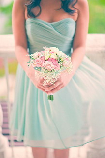 Color Mint Trending in Weddings