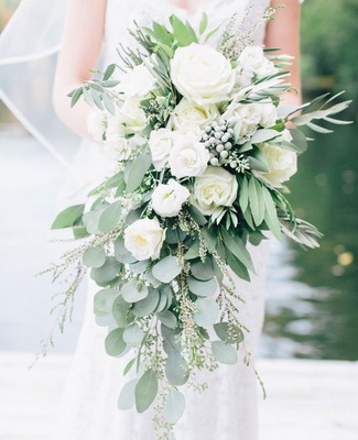 Flower trends forecast trends jo hicks is a florist in hythe southhampton in the uk her pinterest page of 2017 wedding flower trends is a great pictorial of current trends junglespirit Images